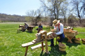 Wood workers and reed workers