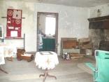 farmhouse kitchen displays